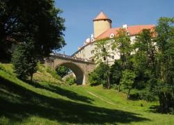 Hrad Veveří a přilehlá Brněnská přehrada