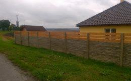 Jak jsme stavěli plot z betonových desek