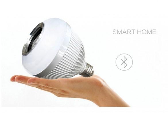 Recenze: LED žárovka s bluetooth reproduktorem